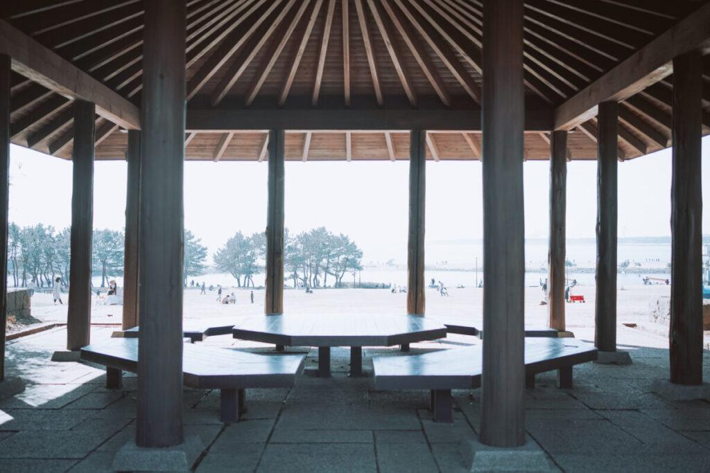 屋根付きテーブル